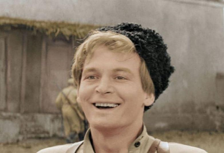 Василий Лановой в фильме *Офицеры*, 1971 | Фото: liveinternet.ru