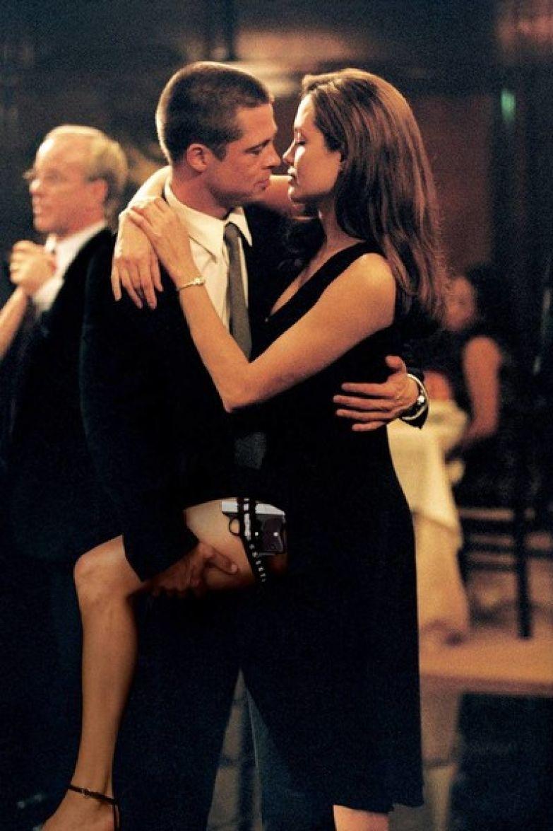 Страсть между Джоли и Питтом вспыхнула на съемочной площадке «Мистера и миссис Смит»