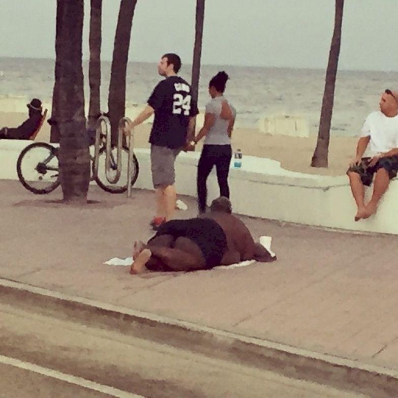 Когда на пляже ветрено приколы, смелость города берет, уверенность, фото