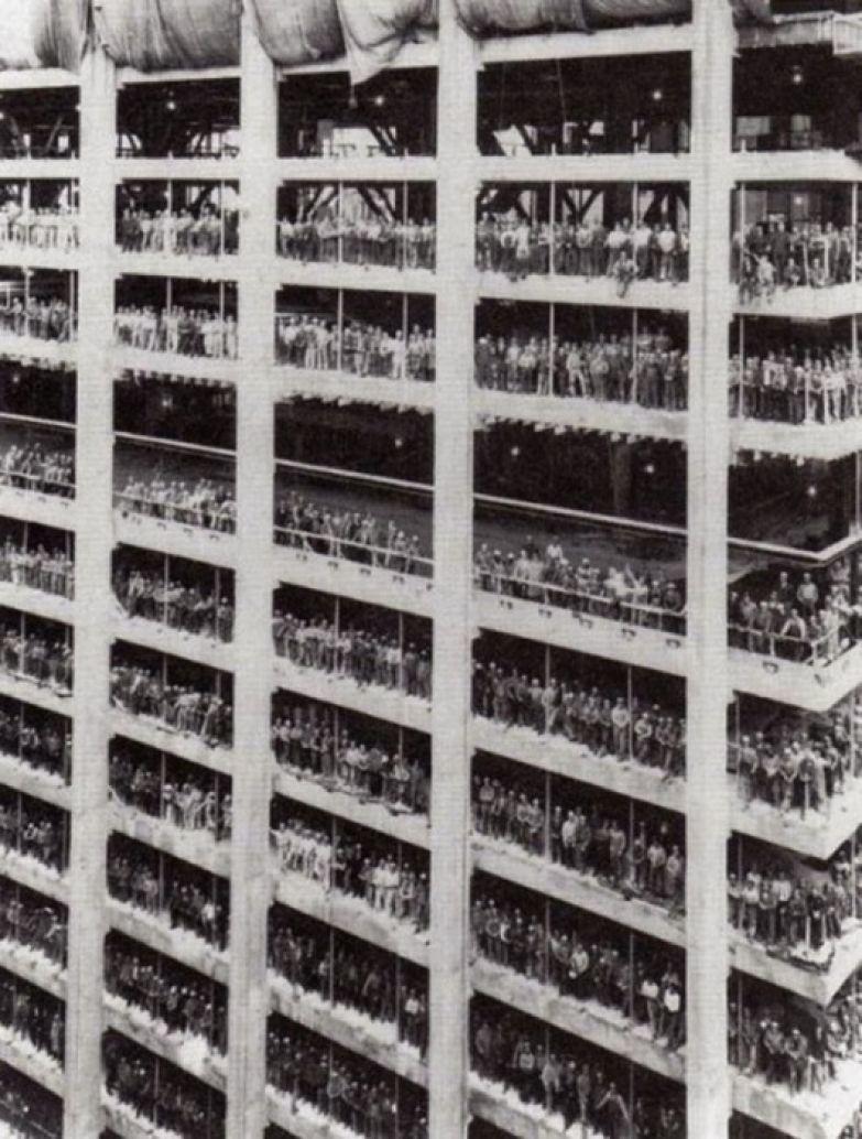 3000 человек, которые построили Chase Manhattan Bank. Нью-Йорк, август 1964 года.