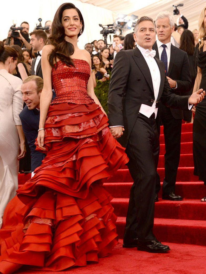 Амаль и Джордж Клуни на Балу Института костюма (2015)