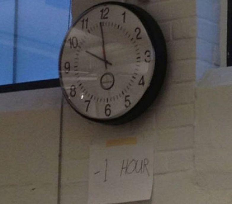 И зачем переводить часы туда-сюда два раза в год