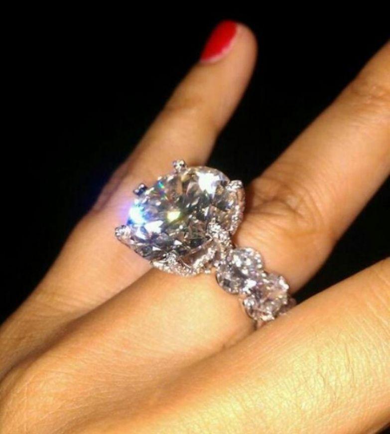 2. Кольцо на помолвку за 10 млн долларов миллионер, покупки, роскошь, спортсмен
