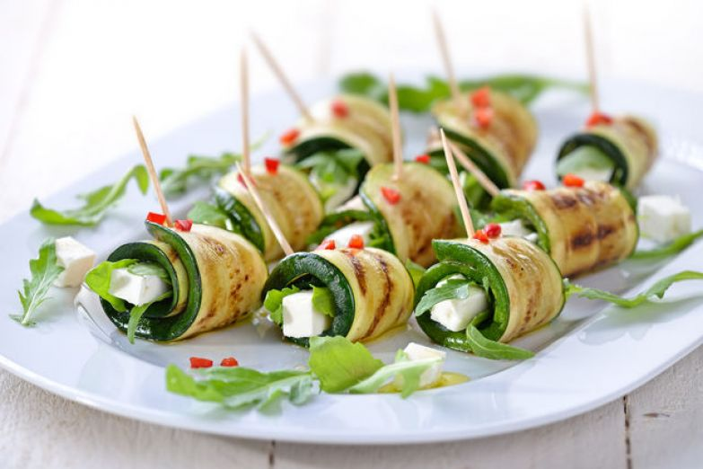 Легкая овощная закуска отлично дополнит мясные блюда