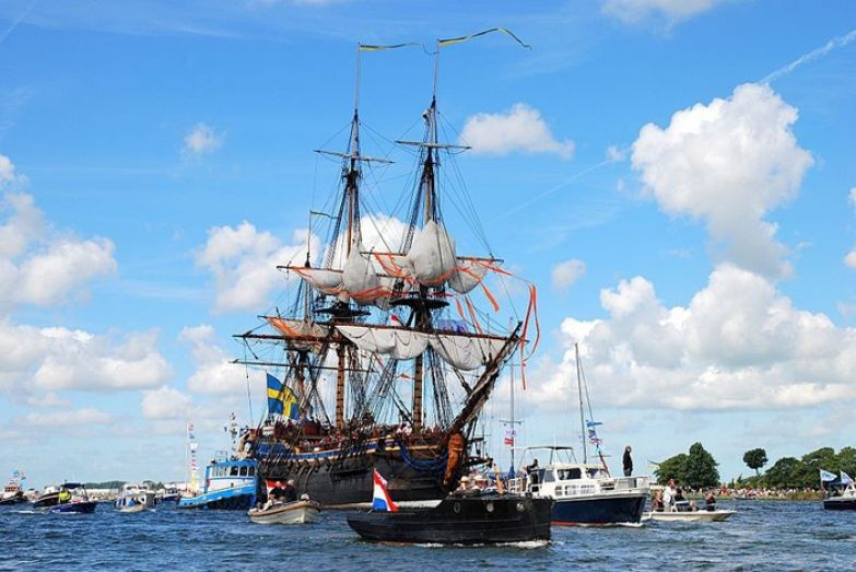 Парусное судно на SAIL Amsterdam 2010.