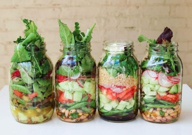 Стеклянная банка – это самый долговечный способ хранения салатов