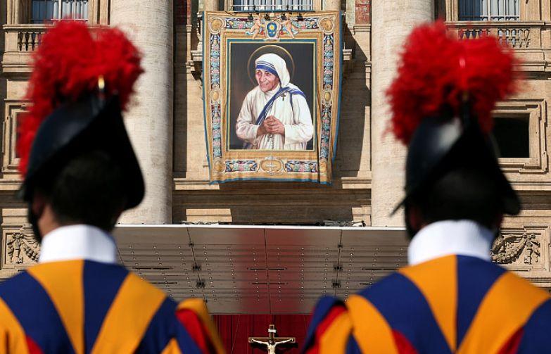 В 2016 году Мать Тереза была причислена к лику Святых. | Фото: interfax.ru.