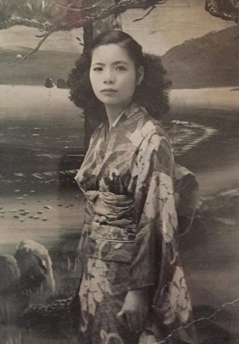 19 старых семейных фотографий, люди с которых покоряют своей красотой