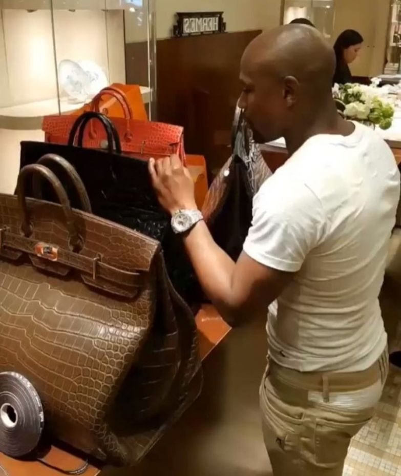 11. 400 тыс. долларов на сумки Hermes миллионер, покупки, роскошь, спортсмен