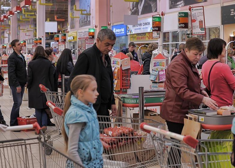 Я была продавцом-кассиром в супермаркете 3 года. И хочу рассказать об изнаночной стороне этой работы