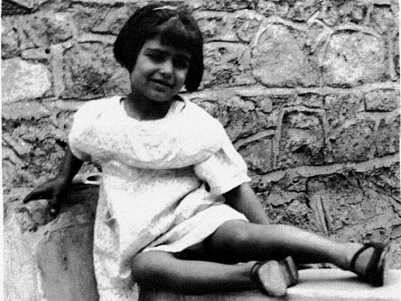 В детстве Иоланда подвергалась травле со стороны сверстников