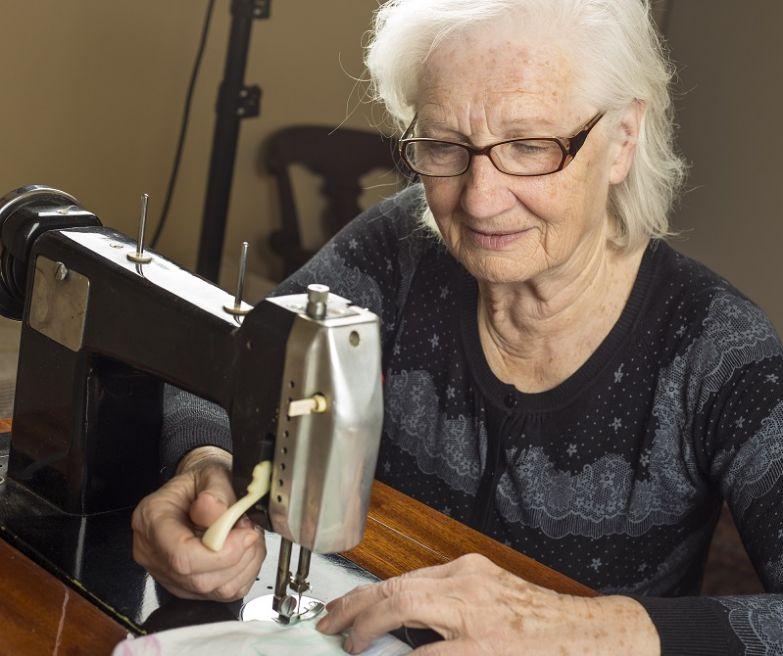 советская швейная машинка чайка