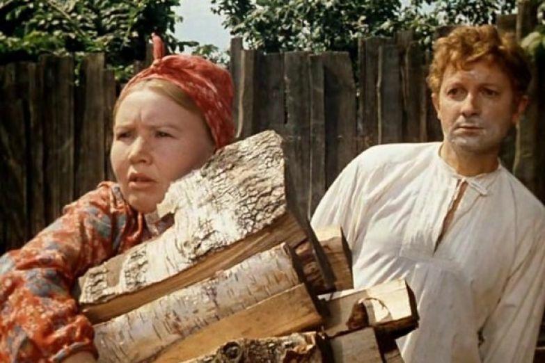 После роли Матрены в «Женитьбе Бальзаминова» Екатерина Савинова вернулась к эпизодам