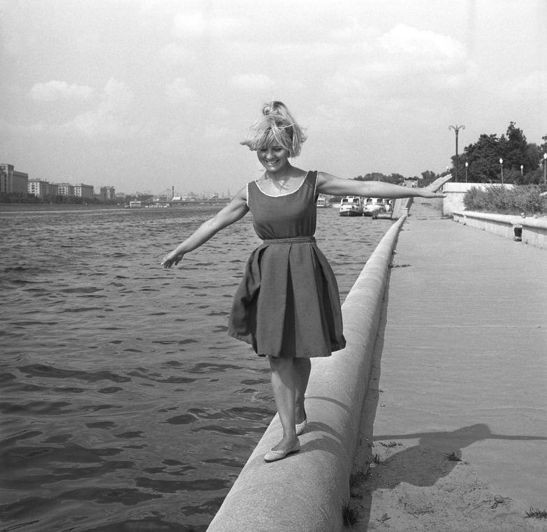 Андрей-Князев.-Актриса-Светлана-Савелова.-1970-е