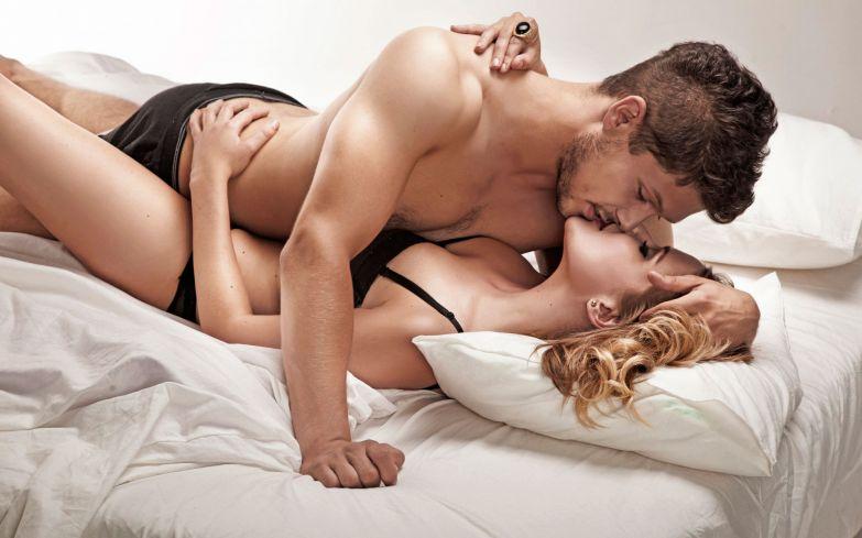 Девушка и мужчина целует секс очень красивый для секс фото 517-838