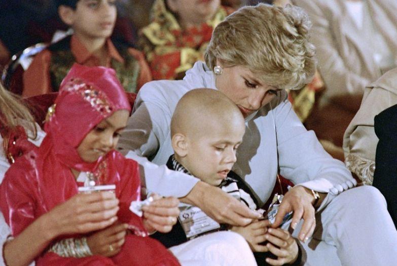12 фактов о принцессе Диане, которая была обязана до конца жизни кланяться собственным детям