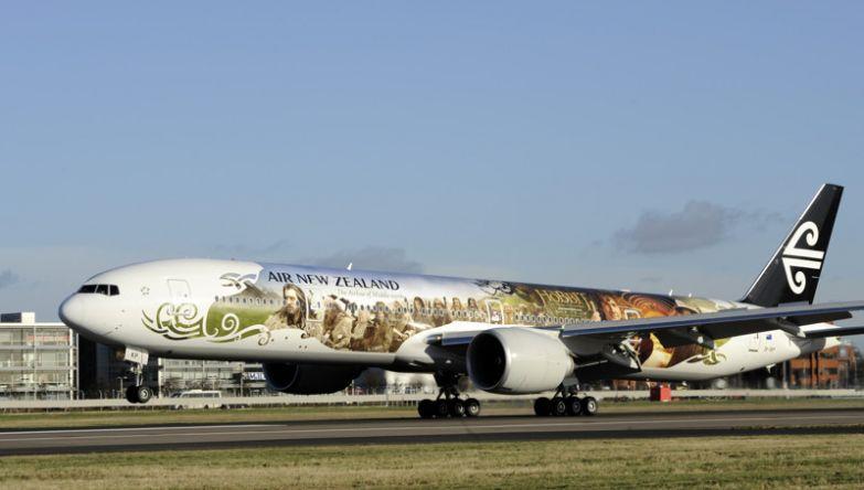 Новозеландская компания раскрасила несоклько своих самолётов в поддержку рекламы фильма Хоббит. необычные самолёты, раскраска, самолёты