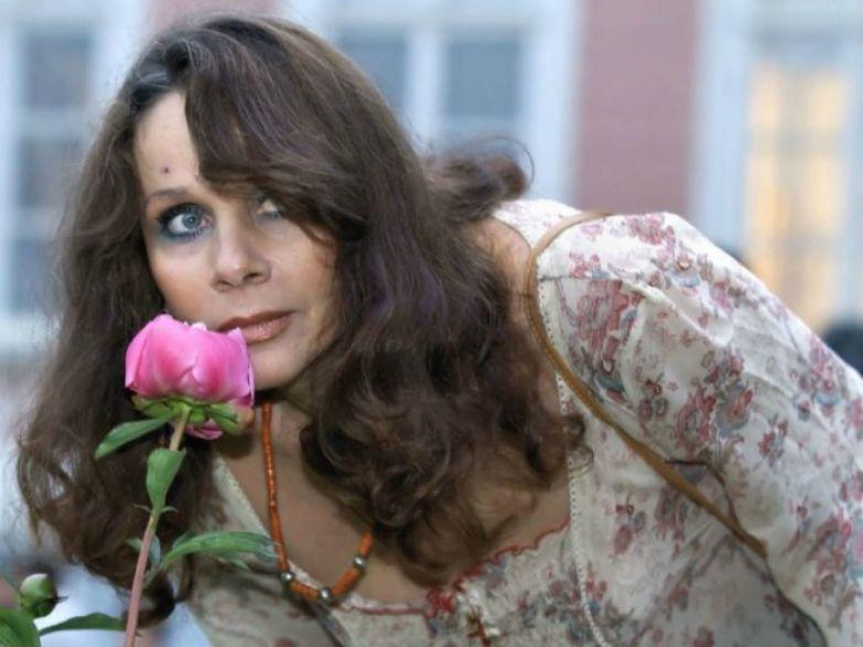 Сыграть Булгаковскую Маргариту - заветная мечта актрисы, которая так и не осуществилась.| Фото: oneoflady.com.