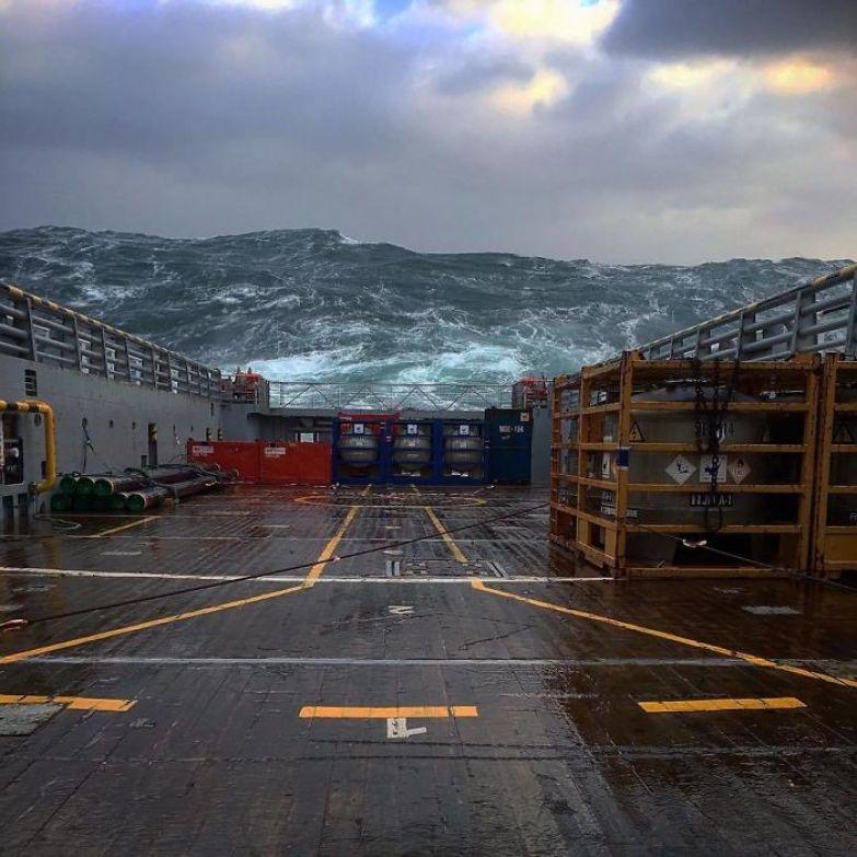 Девятый вал Северного моря искусство, мастерство, фото