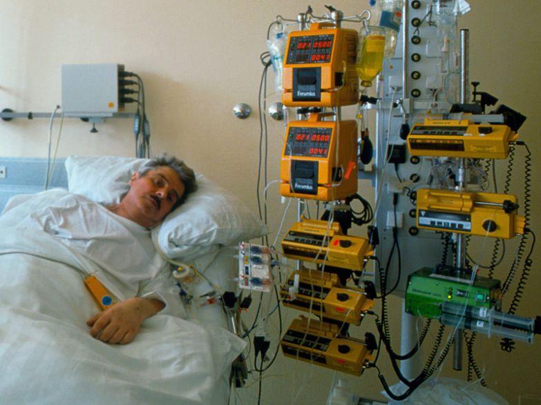 Почему врачи предпочитают умирать по-другому история, медицина, отказываются от реанимации, факты