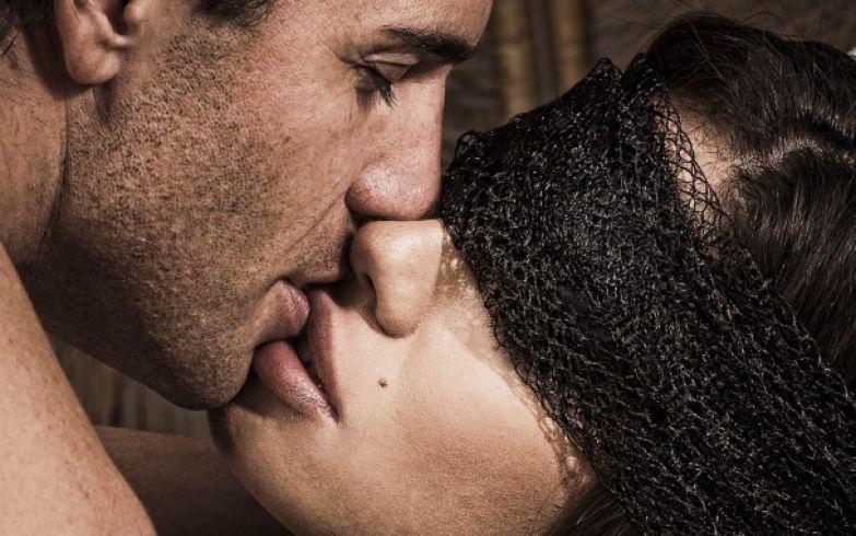 Факты о поцелуях и сексе
