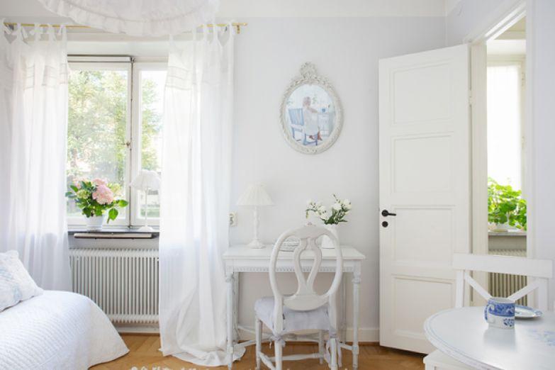 Фотография: Спальня в стиле Скандинавский, Малогабаритная квартира, Квартира, Дома и квартиры, Стокгольм – фото на InMyRoom.ru
