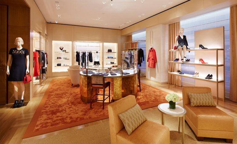 Новый дом Louis Vuitton в Санкт-Петербурге