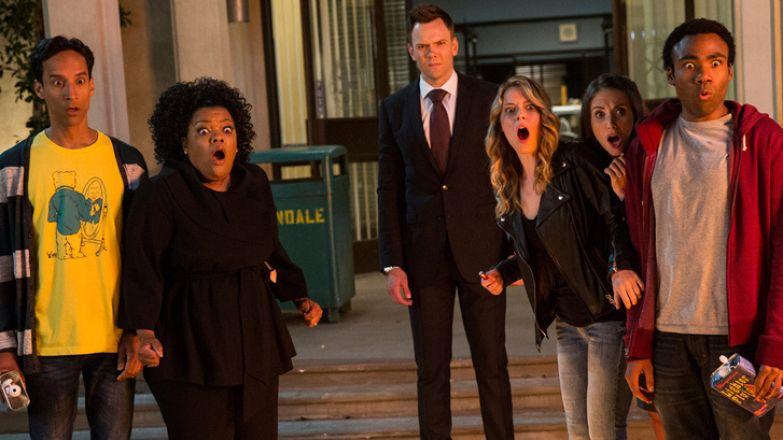 10 комедийных сериалов, которые поднимают настроение не хуже горы сладостей