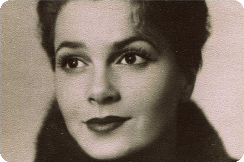 Талантливая актриса и потрясающе красивая женщина.