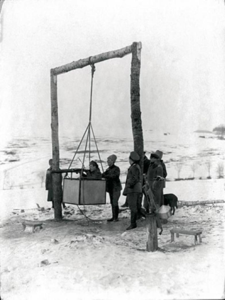 Пилоты на авиационном тренажере, 1915 год, Российская Империя история, события, фото