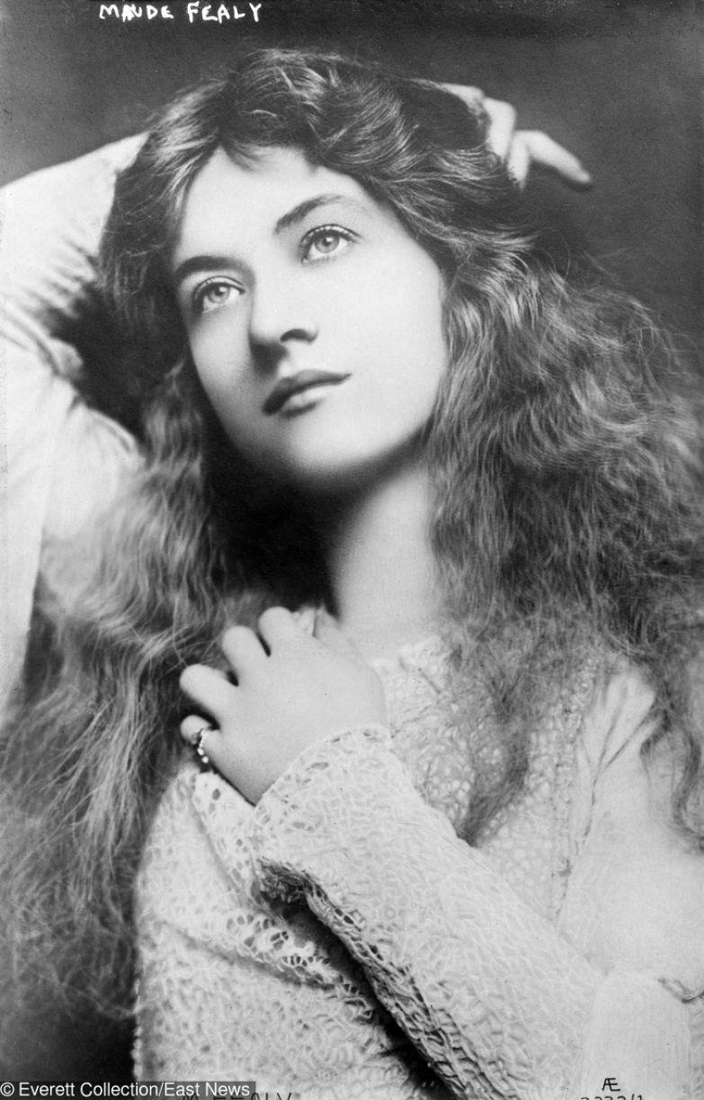 20 самых красивых женщин прошлого века. Некоторых боготворили даже члены царских семей