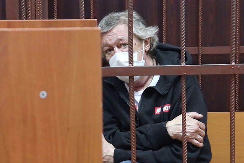 Суд над Ефремовым назначен на 9 августа