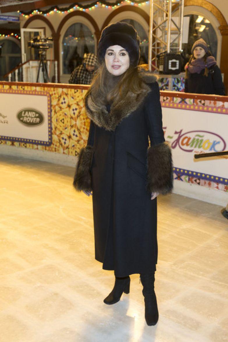 Через месяц после родов Анастасия Заворотнюк начала выходить в свет
