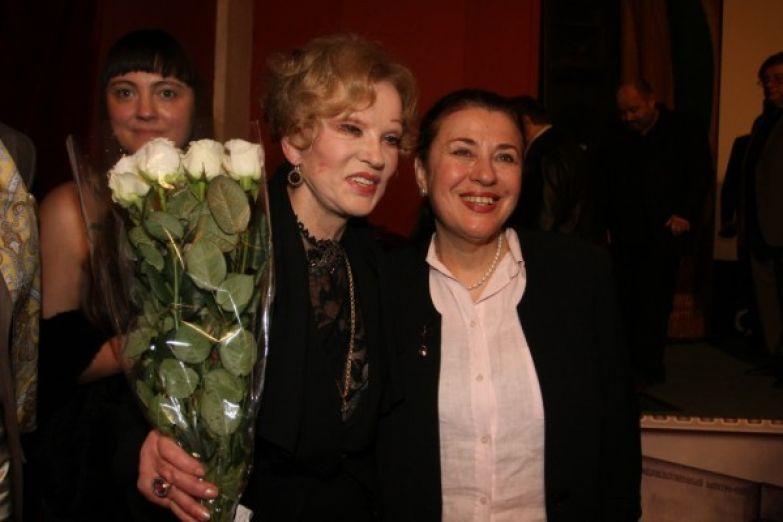Валентина Толкунова до последнего выступала и выходила в свет с коллегами