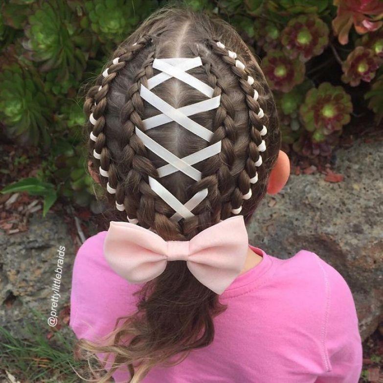 С раннего детства Шелли плела всем косы дочь, коса, мама, прическа