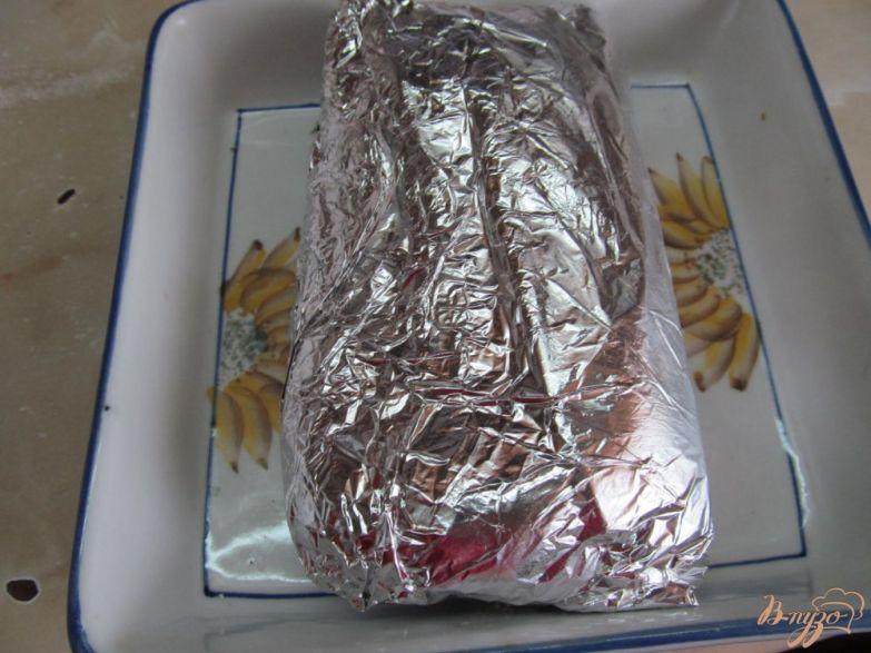 Фото приготовление рецепта: Запеченная свинина в банановой кожуре шаг №3