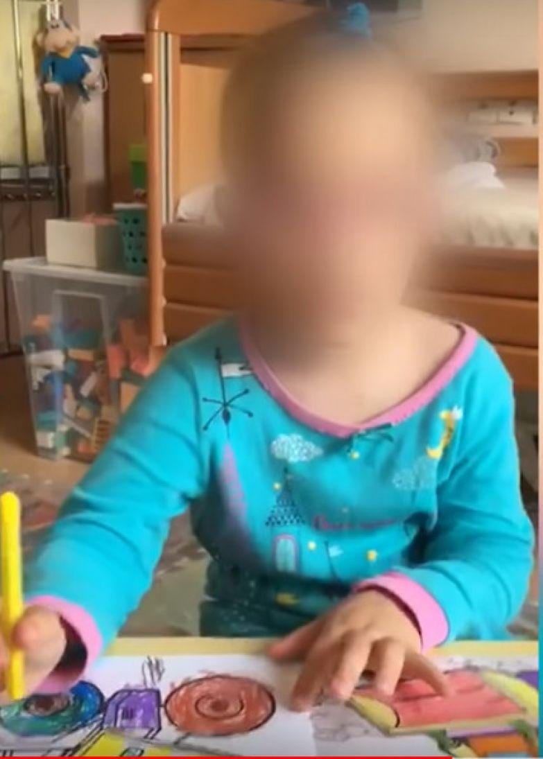 Пока малышка не догадывается, что может оказаться в детском приюте