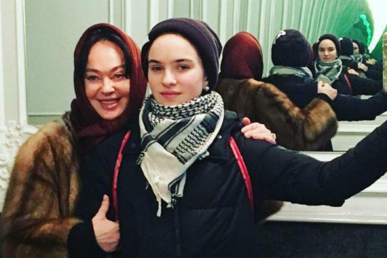 Гузеева часто посещает мероприятия вместе с дочерью