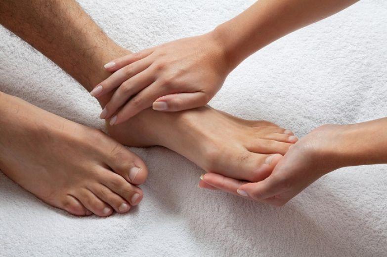 упражнение для ног стенка