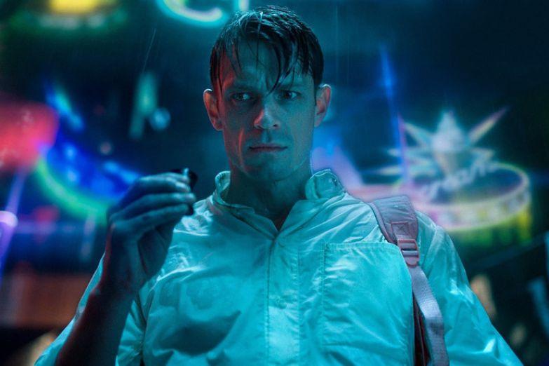 Сериал заимствовал элементы стиля киберпанк