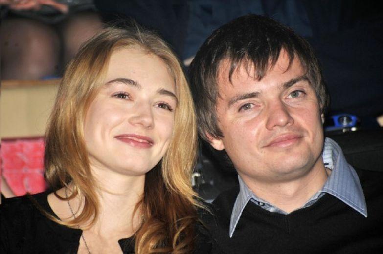 Затем вышла замуж за кинопродюсера Дмитрия Литвинова, у них родился сын Филлип любовники, романы знаменитостей