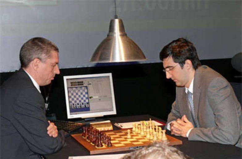 В 2006 году программа «Deep Fritz» выиграла матч у чемпиона мира по шахматам Владимира Крамника.