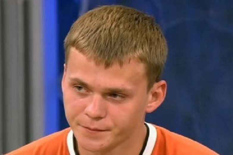 Дмитрий не смог приехать на похороны матери из-за проблем с документами