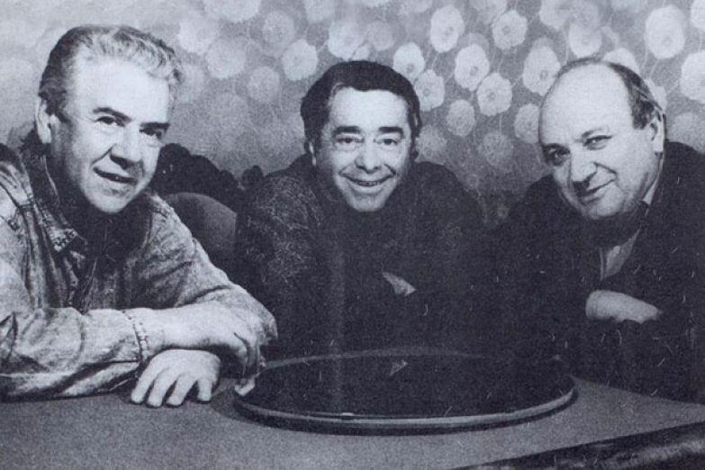 С Виктором Ильченко и Романом Карцевым Жванецкий начинал творческий путь в театре «Парнас-2»