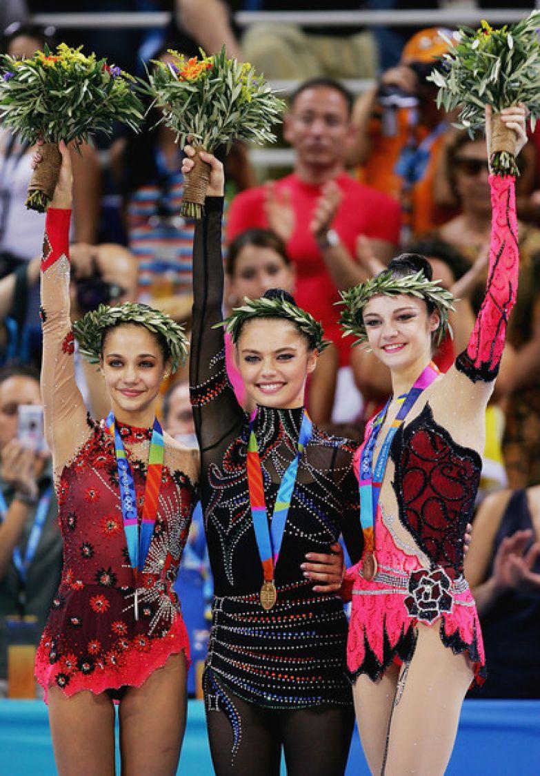 Алина Кабаева заняла первое место на Олимпиаде-2004 в Афинах