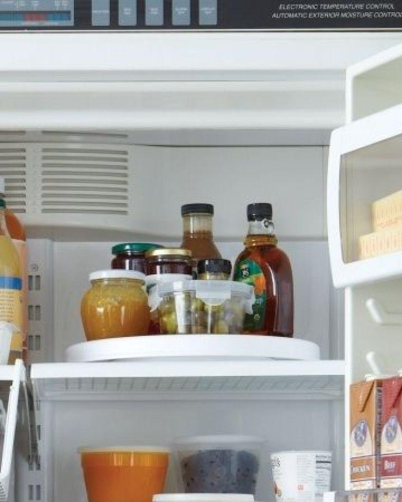 Приобретите выдвижной поднос для холодильника 1