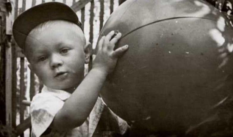 Сын Евгения и Ванды Леоновых Андрей. / Фото: семейный архив