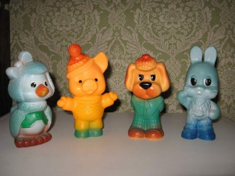 Резиновые игрушки: Каркуша, Хрюша, Филя, Степашка.
