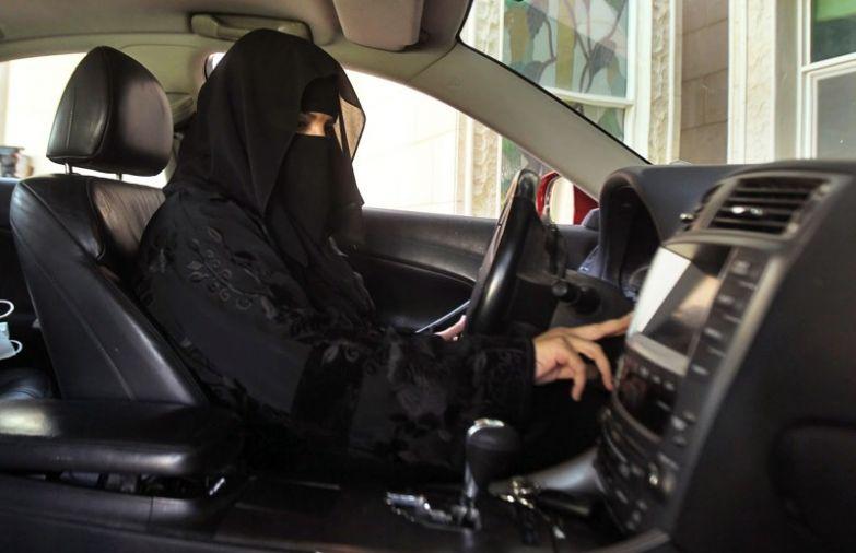 Водить машину женщины, законы, интересное, саудовская аравия