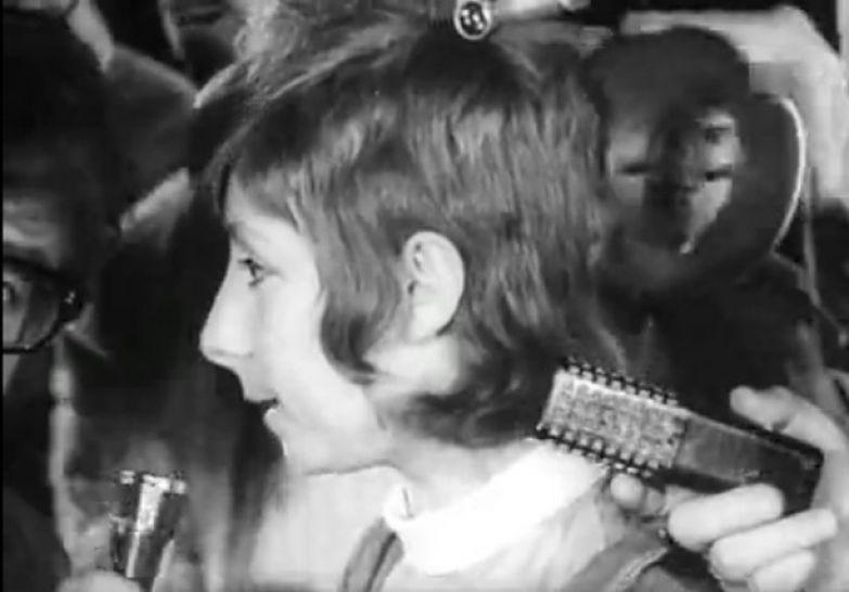 Лия Ахеджакова в детстве